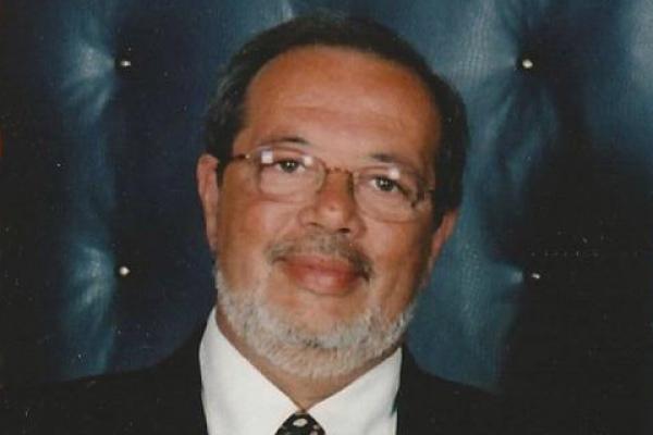 In memory of Sílvio Oliveira